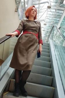 шерстяное платье хаки с поясом